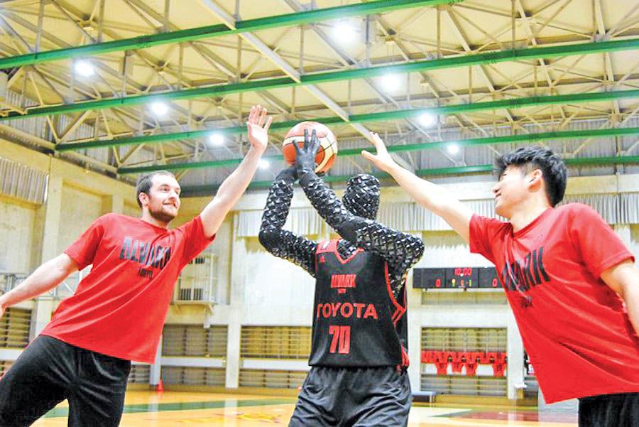 تویوتا روبات بسکتبالیست ساخت