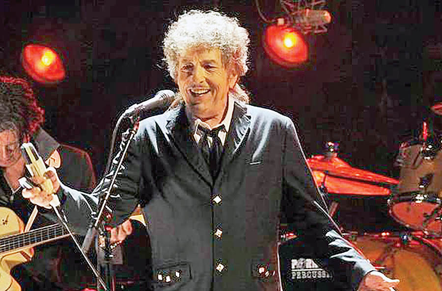 جشن تولد 77سالگی باب دیلن با حضور هالیوودیها