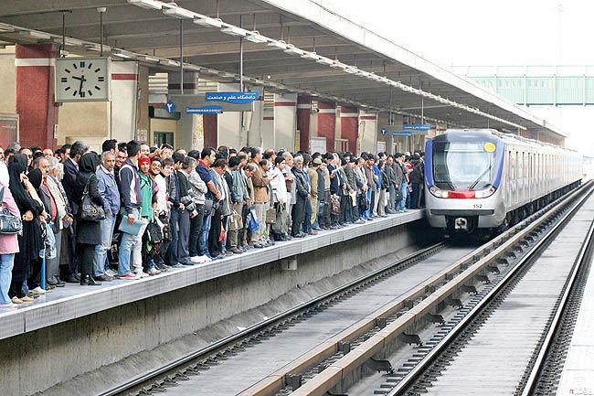 دافعه دوم در سفرهای مترو