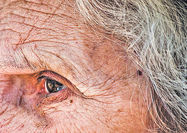 پیشبینی هوش مصنوعی از سن افراد با بررسی گوشه چشم