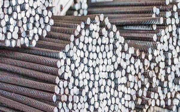 تقویت دو عامل کاهنده در بازار فولاد