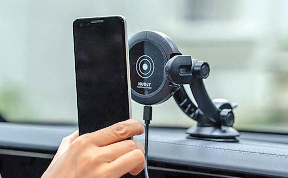 نگهدارنده و شارژر موبایل خودرو