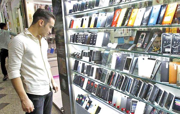 سرگردانی قیمتها در بازار موبایل