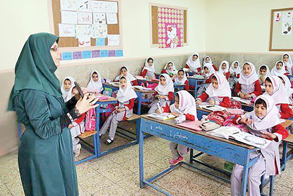 انتقاد فاضل نظری از ناکارآمدی نظام آموزش و پرورش
