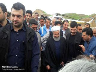 بازدید روحانی از مناطق سیلزده پلدختر