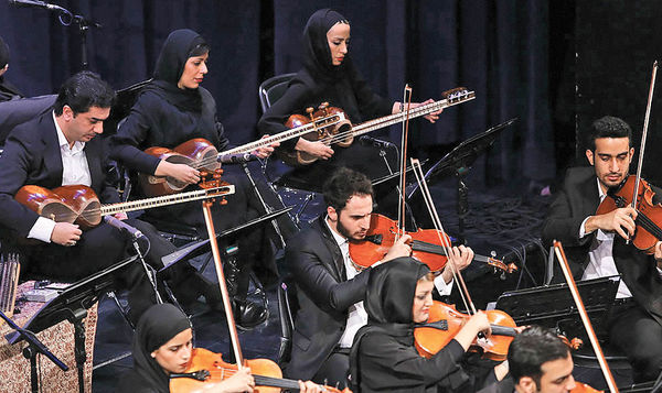 نوای ارکستر ملی برای جمشید مشایخی