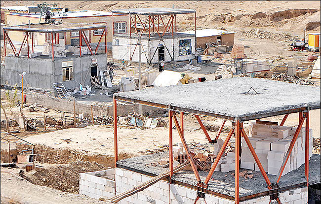 آشفتگی بازسازیها در کرمانشاه