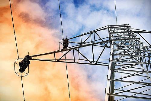تنگنای مالی در صنعت برق