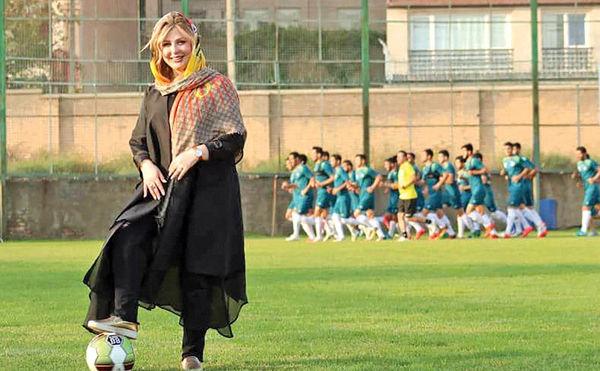 حضور خانم بازیگر در تمرینات یک باشگاه فوتبال