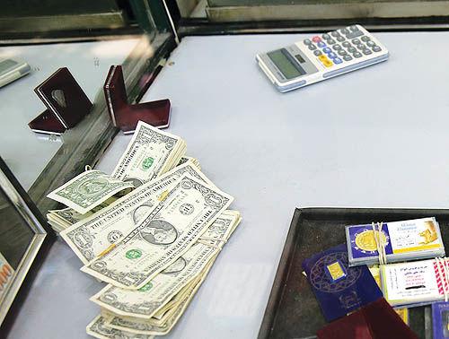 متقاضیان تلفنی در بازار ارز