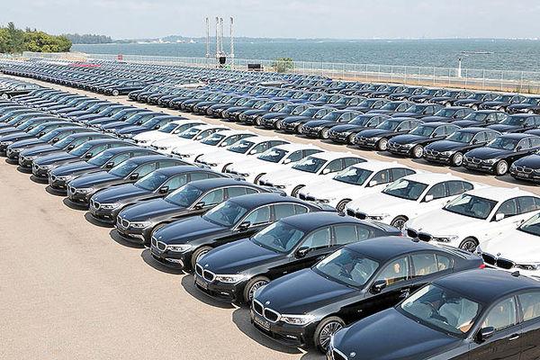 تعرفههای فراآتلانتیکی خودرو در ابهام