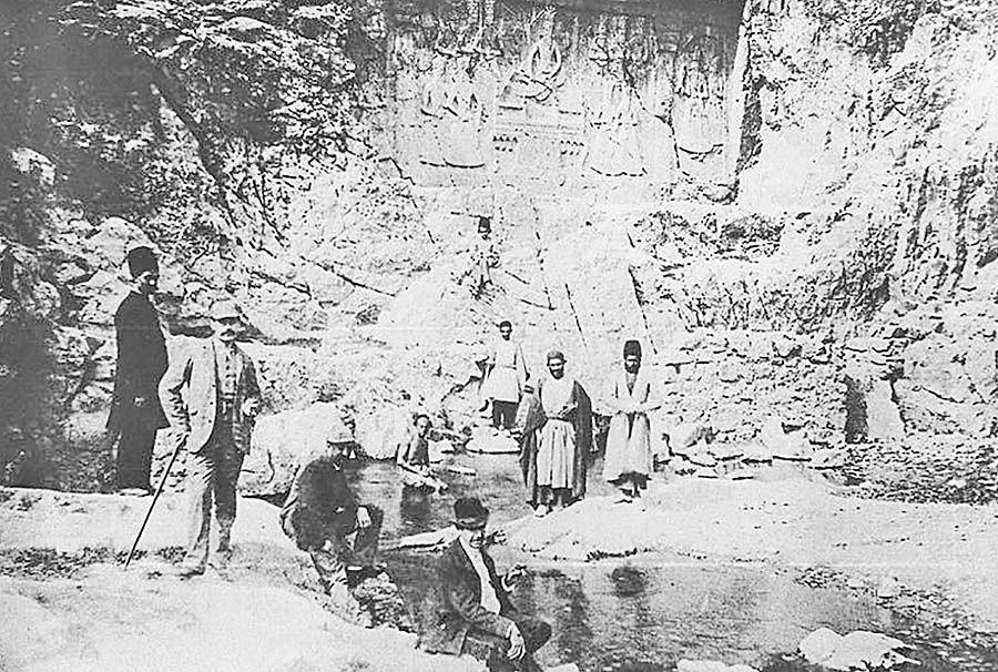 گردشگاههای مردم در اواخر دوره قاجار