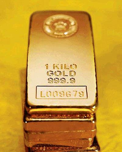 قیمت جهانی طلا بیش از 10دلار کاهش یافت