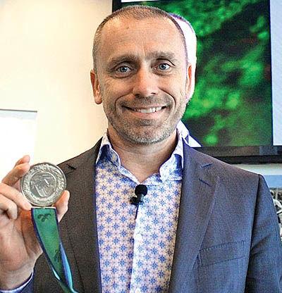 از قهرمانی در پارالمپیک تا سخنران حرفهای