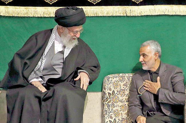 رهبر انقلاب در پیامی درگذشت پدر سردار حاج قاسم سلیمانی را تسلیت گفتند