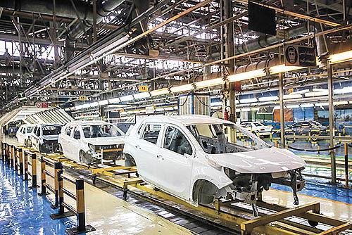 آغاز روند نزولی تولید خودرو؟