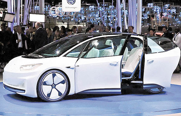 فولکس 70 خودروی برقی میسازد