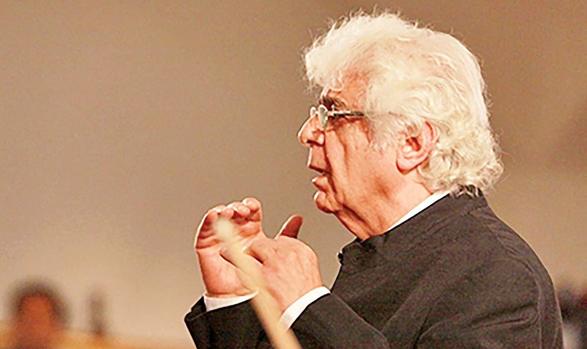تاکید چکناواریان بر ضرورت دعوت از رهبر خارجی برای ارکستر