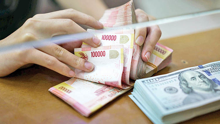 سقوط پول اندونزی به کف 20 ساله