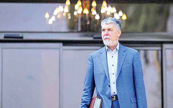 امتناع وزیر ارشاد از اظهار نظر درباره ریاست سازمان سینمایی