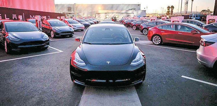 افزایش چشمگیر فروش خودروهای برقی