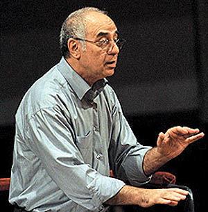 نادر مرتضیپور رهبر ثابت ارکستر سمفونیک تهران
