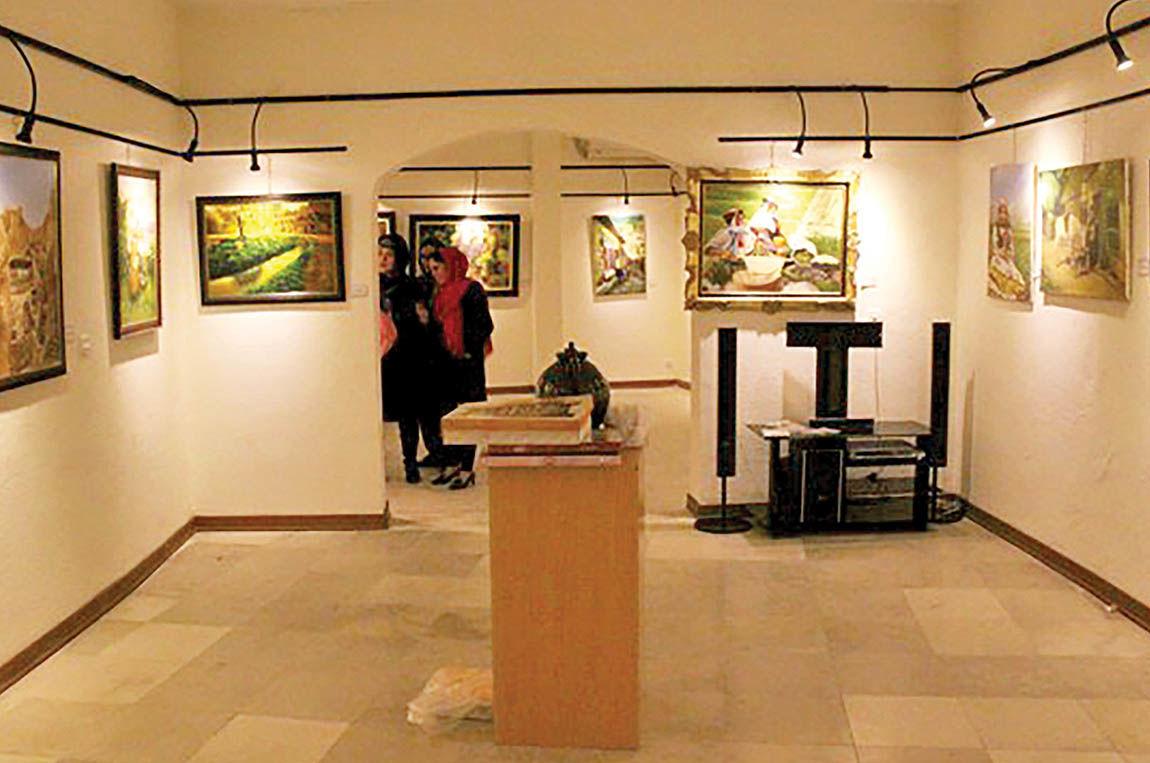 برگزاری نمایشگاه آبرنگ در فرهنگسرای نیاوران