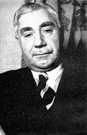 یک کمونیست وزیر بازرگانی شد