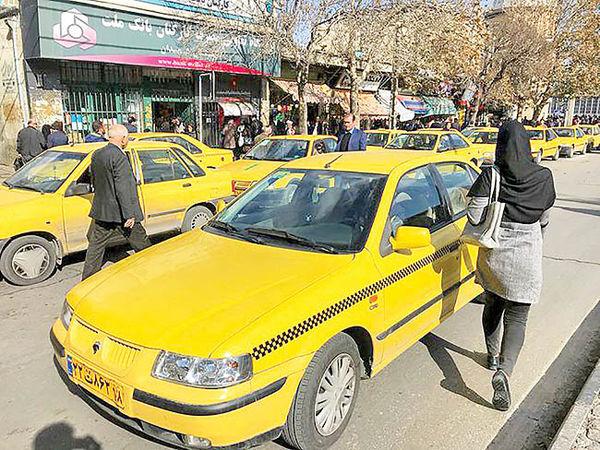 گشت ویژه برای شناسایی تاکسیهای فاقد پروانه هوشمند