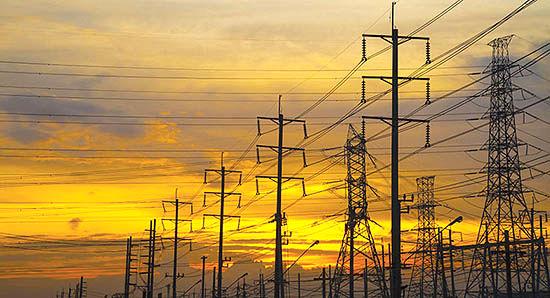10میلیارد یورو طرح سرمایهگذاری در صنعت آب و برق