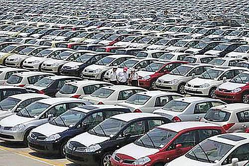 کاهش فروش خودروسازان غربی