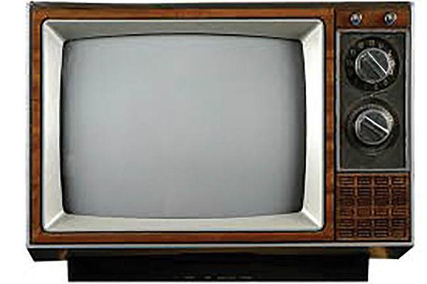 تلویزیون روی موج انتقادها