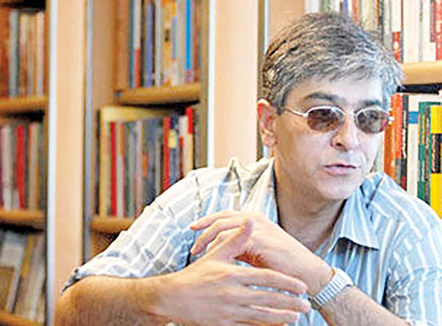 آزادی نویسنده «کافه پیانو» با قید وثیقه