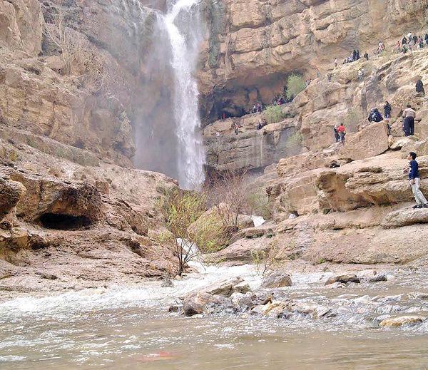 آبشار درگاهان؛ تاج عروس کویر