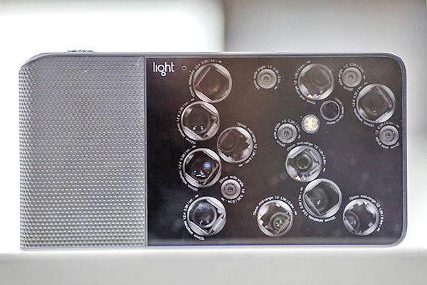 نمونه اولیه موبایلهایی با ۹ و ۵ لنز