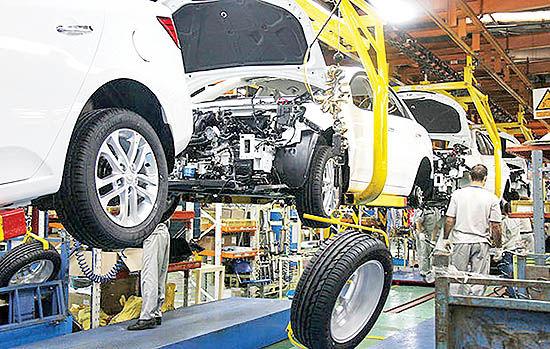 تولید خودروسازان روی ریل نزول