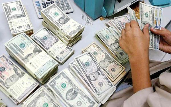 دلار به کف 7 ماهه برگشت