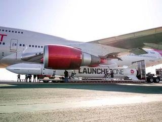 اتصال موشک فضایی به بوئینگ ۷۴۷